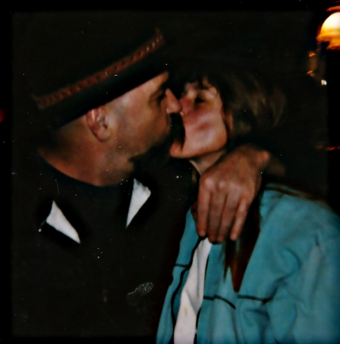 "Lee & Joanne ""Kissy-Kissy"" - Mark Twain Super Bowl Board"