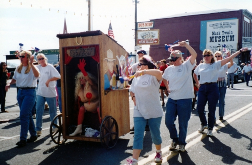 Outhouse Races - Mark Twain People